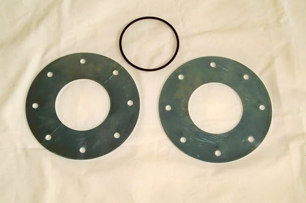 TITAN Fuel Tanks 0299010 After-Exle Adaption Kit Includes two heavy gauge metal flanges & O-ring.