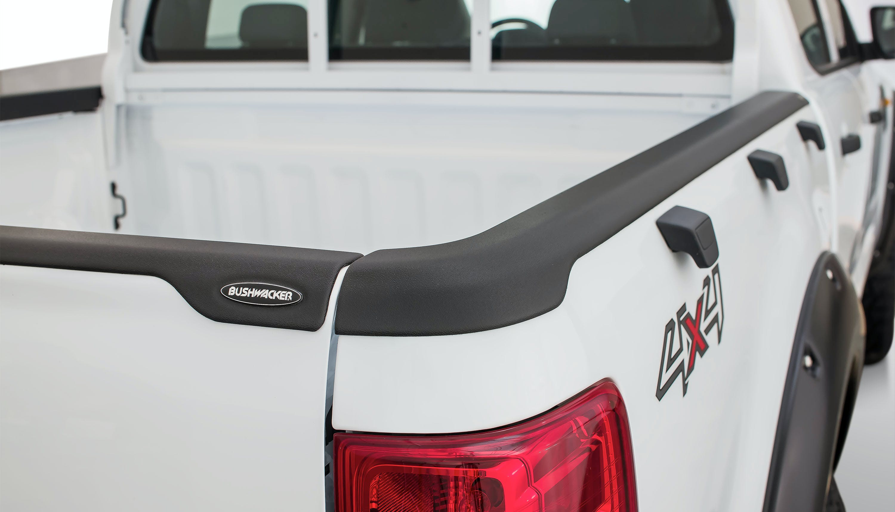 Bed Rail Cap BUSHWACKER TM Truck Bed Side Rail Protector-Ultimate SmoothBack