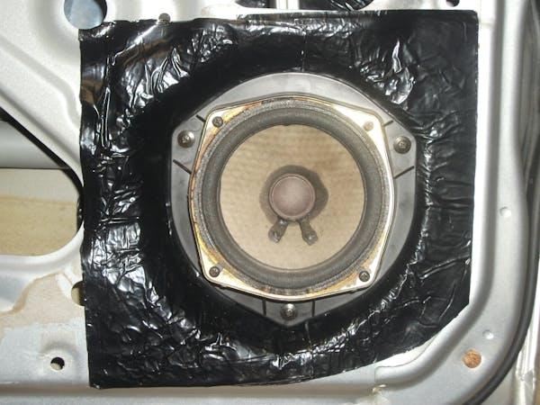 Hushmat 10200 Door Kit has 10 black sheets of 12x12 in Ultra. Total 10 sqft.