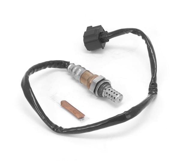 Omix-Ada 17222.40 Oxygen Sensor, Before Cat Right
