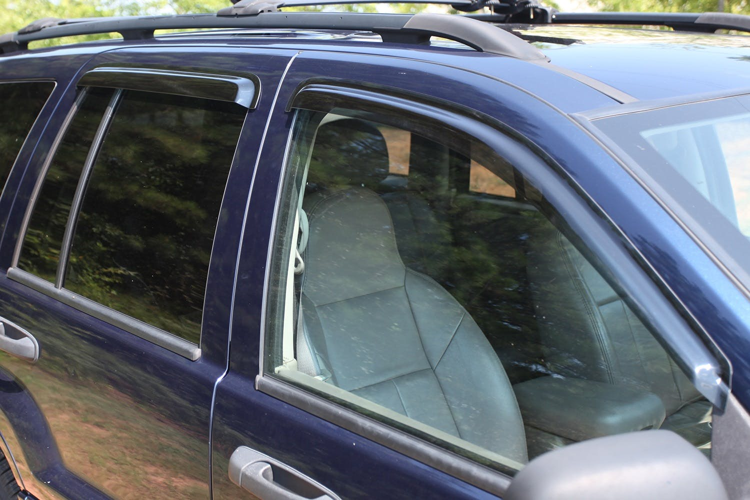 Rugged Ridge 11351.30 Smoked Acrylic Front and Rear Window Rain Deflector for Jeep Liberty KJ