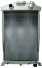 Northern Radiator 205175 Ford / Mopar 27 1/2 x 17  3/4 Downflow Hotrod Radiator